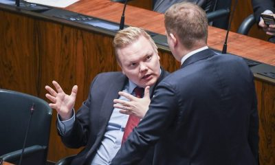 Ministeri Kurvinen.